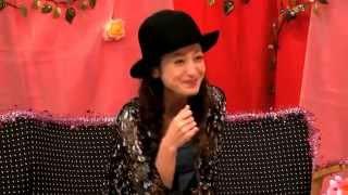 スイーツやお菓子はなんでも冷凍庫で凍らせて食べるという西山茉希さん...
