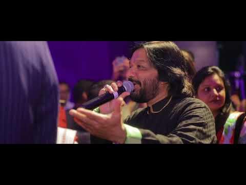 Roop Kumar Rathod singing live at Rishi & Rahat Ring Ceremony