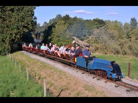 MINIATURE LNER A4 4498 SIR NIGEL GRESLEY VISITS THE STAPLEFORD MINIATURE RAILWAY - 27th August 2017