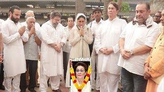 Full Kapoor Family In TEARS For Kareena Kapoor's Nani-Saif,Randhir,Rani,Aamir,Alia,No Ranbir & Rishi