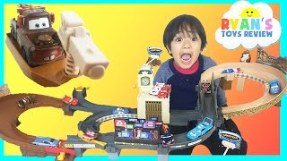 Disney Cars Toys World Big Circuit Race Track with Tomica Cars
