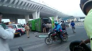 DTC Low Floor Green Bus live accident near Burari Delhi