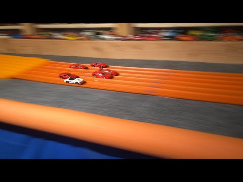 2016 HOT WHEELS SUPER 6 LANE KING OF THE HILL #2 Round 1