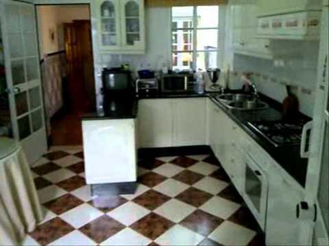 Fant stica casa en 2 plantas con cocina amueblada en el centro de antequera m laga youtube - Cocinas amuebladas ver fotos ...