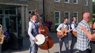 Stand By Me by Ben E King - Surprise performance by The Travelling Hands