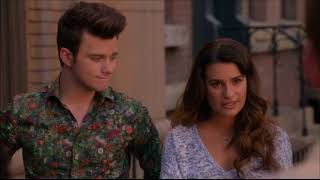 Download Video Glee - Sam Sees His Picture At The Side Of A Bus And They All Agree To Meet Up In 6 Months 5x20 MP3 3GP MP4