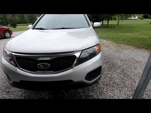 HOW TO REMOVE 2011-14 KIA SORENTO HEADLIGHT ASSEMBLY IN LESS THAN 5 MINUTES