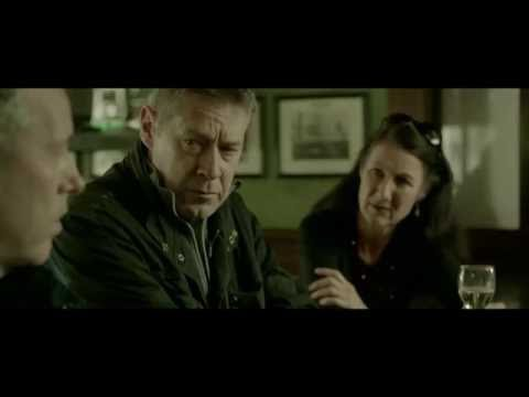 A Writer and Three Script Editors Walk Into a Bar HD full HD