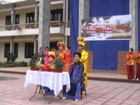 LK Đám cưới trên đường quê - khối chuyên Văn LHP (02-2011)
