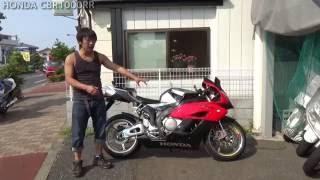 ホンダCBR1000RR(SC57):参考動画: 何故1000なのか!