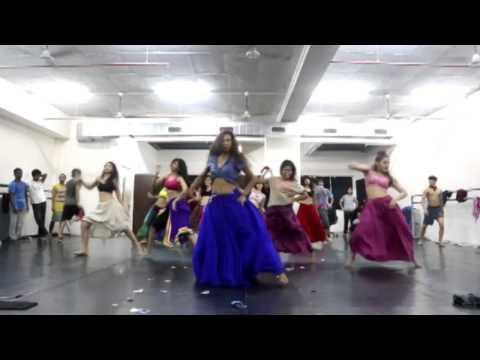הדרך לבוליווד - בכורה בסוזן דלל A Passage to Bollywood - Premiere at Suzanne Dellal