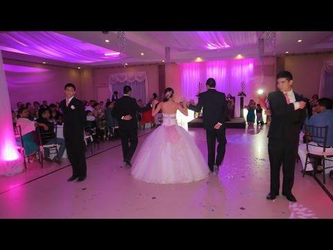 Fernanda's XV waltz: Flightless bird