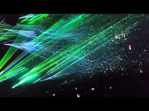 Avicii at Allstate Arena Chicago - Wake Me Up