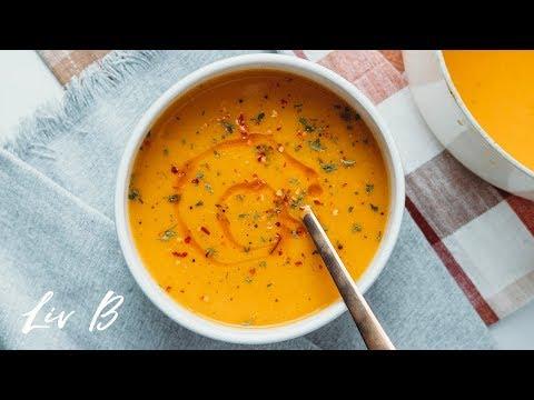 Vegan Butternut Squash Soup (SOUPer Easy Recipe!)