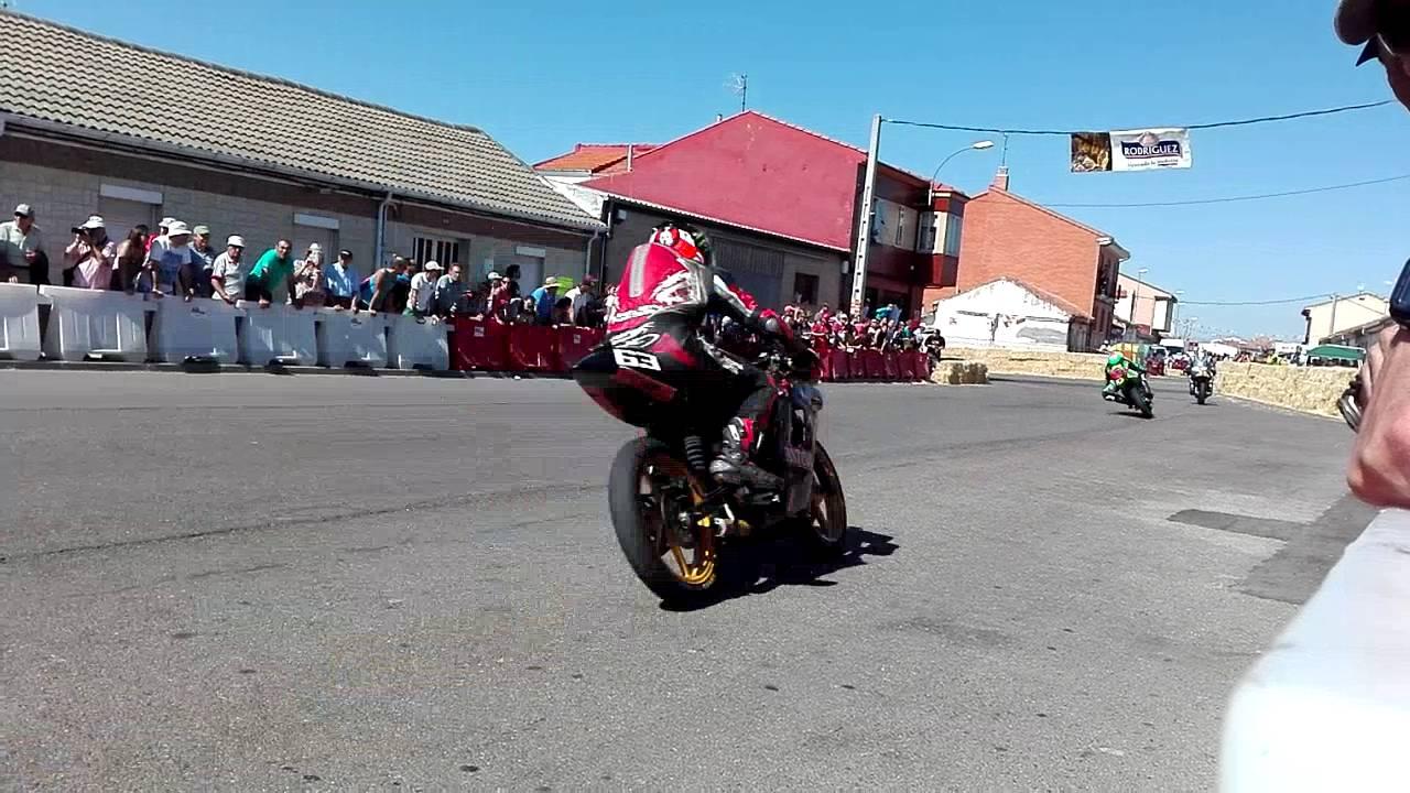 Circuito Urbano La Bañeza : Carrera motos la baÑeza cat cc youtube