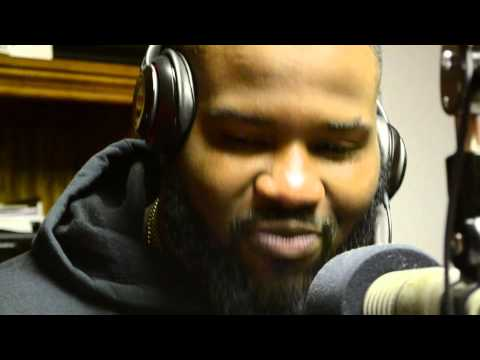 Mr 100  cypher at 1019 Kiss FM A beasly broadcasting group station