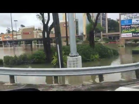 Bad Weather: 4/18/16 Flooding in Spring, Texas - video 2
