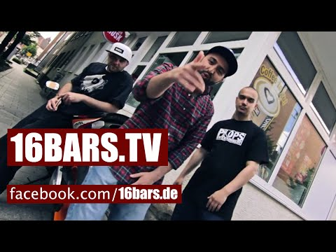 Witten Untouchable - Tee in England // prod. by Scare Beatz |16BARS.TV PREMIERE on YouTube