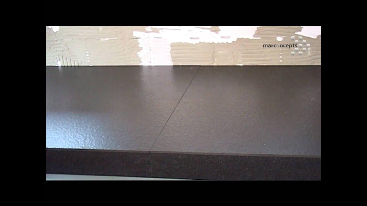 Keuken Fineer Repareren : montage van natuurstenen keukenblad, gootsteen en kraan. Een