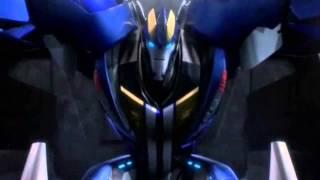 Loquendo - critica a Transformers prime Predacons rising