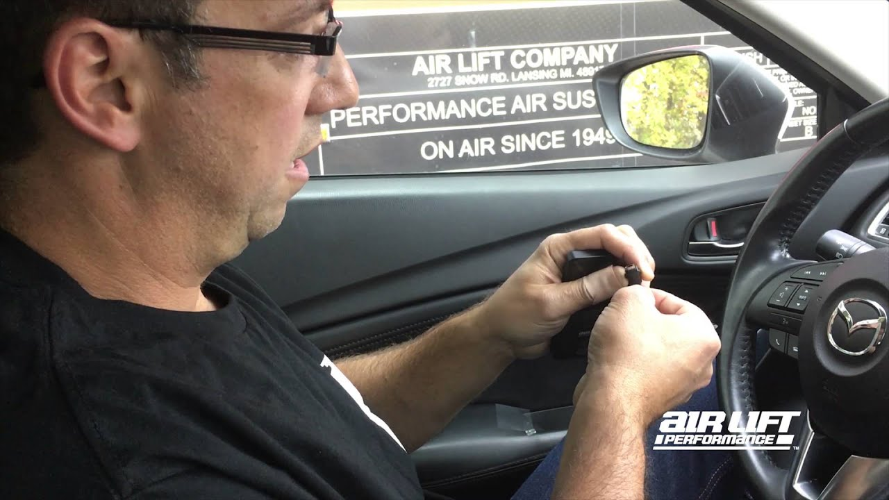 How to Connect Micro-USB Cable - Air Lift Performance 3H/3P
