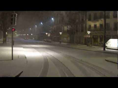 Elle tombe la neige, au Puy-en-Velay ( vidéo 03 )
