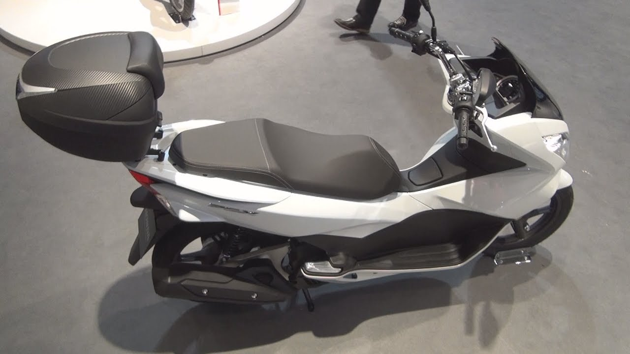 Honda Pcx 125 Abs 2017 Exterior And Interior Youtube