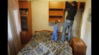 Ремонт детской комнаты за 10 минут (часть1)(разбираем и выносим мебель, в следующем видео установка гипсокартона., 2014-11-23T22:09:06.000Z)