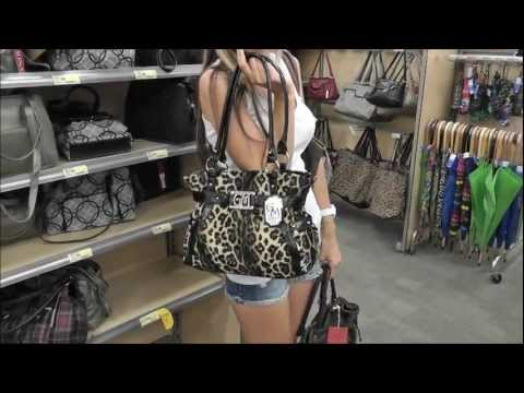 Day In The Life: Shopping in Honolulu
