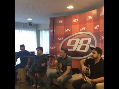 Acústico com Michel Teló na 98 FM Curitiba