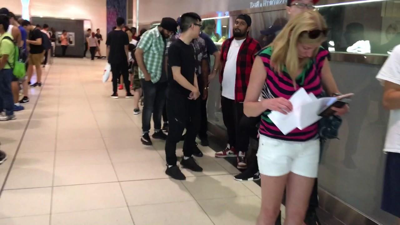 8e0e78e1a Lineups at Footlocker at Toronto Eaton Centre for Adidas Yeezy Zebra shoe