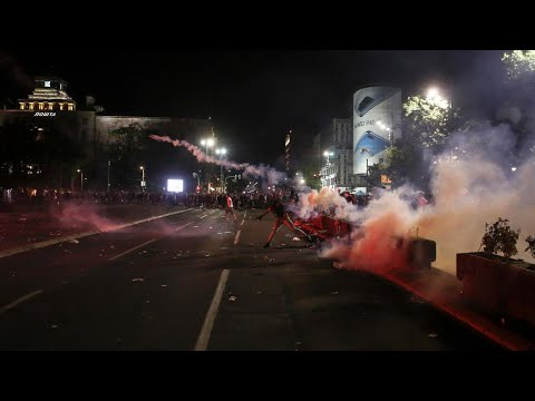 صربيا: تواصل المظاهرات لليوم الرابع احتجاجا على طريقة معالجة الحكومة لأزمة فيروس كورونا  - 09:59-2020 / 7 / 11