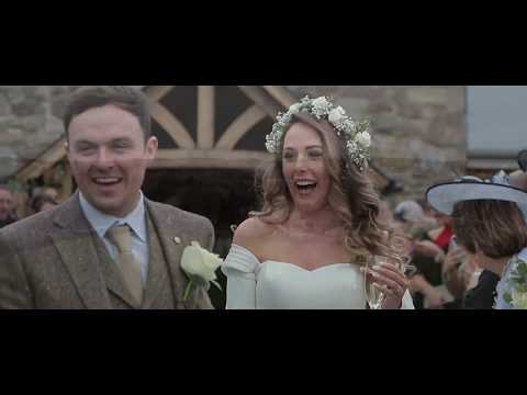 Tower Hill Barns Wedding Video - Glesni and Dewi