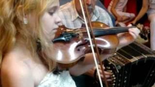 Lissette Grosso 11 años toca Violín, bandoneon