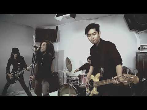 Cinta Vina Panduwinata Rock Cover - Revolution Band Indonesia