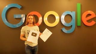 Вручили серебряную награду в офисе Youtube!