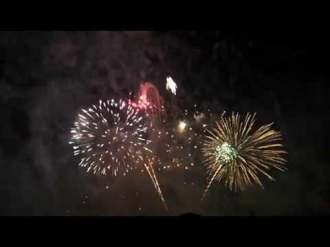 UAE 45th National Day Fireworks in Abu Dhabi corniche 2016 Full HD