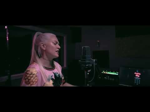 Nav, Metro Boomin - Call Me (Veronica) Prod. by 3Stripe