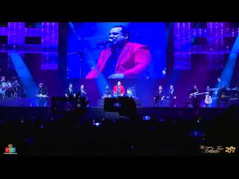 Mere Rashke Qamar | Ustad Rahat Fateh Ali Khan Live | Wembley, London, UK