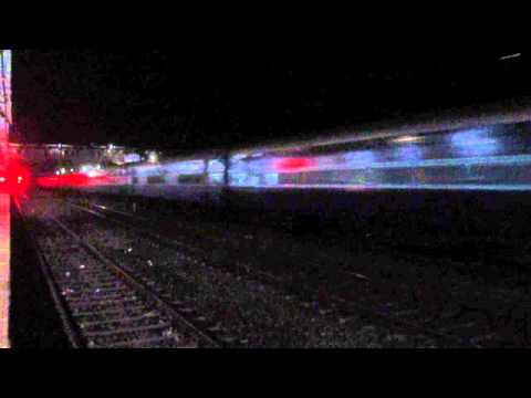 12625 Kerala Express Overtaking Kamayani Express @ 110 kmph !!