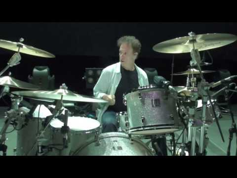 Soundcheck with Mickey Curry  (Bryan Adams)