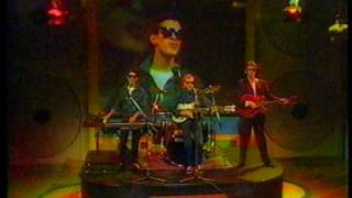 Level 42 - Lessons in love - Go for it ! (1986)