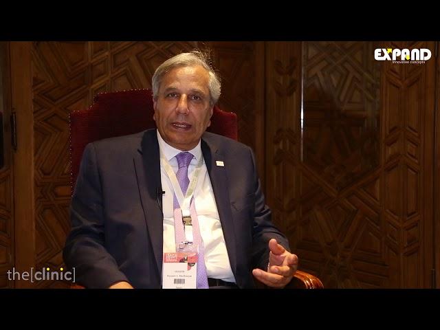 الأستاذ الدكتور حسين صابر يتحدث عن أسباب التثدى عند الرجال و طرق علاجها الحديثة