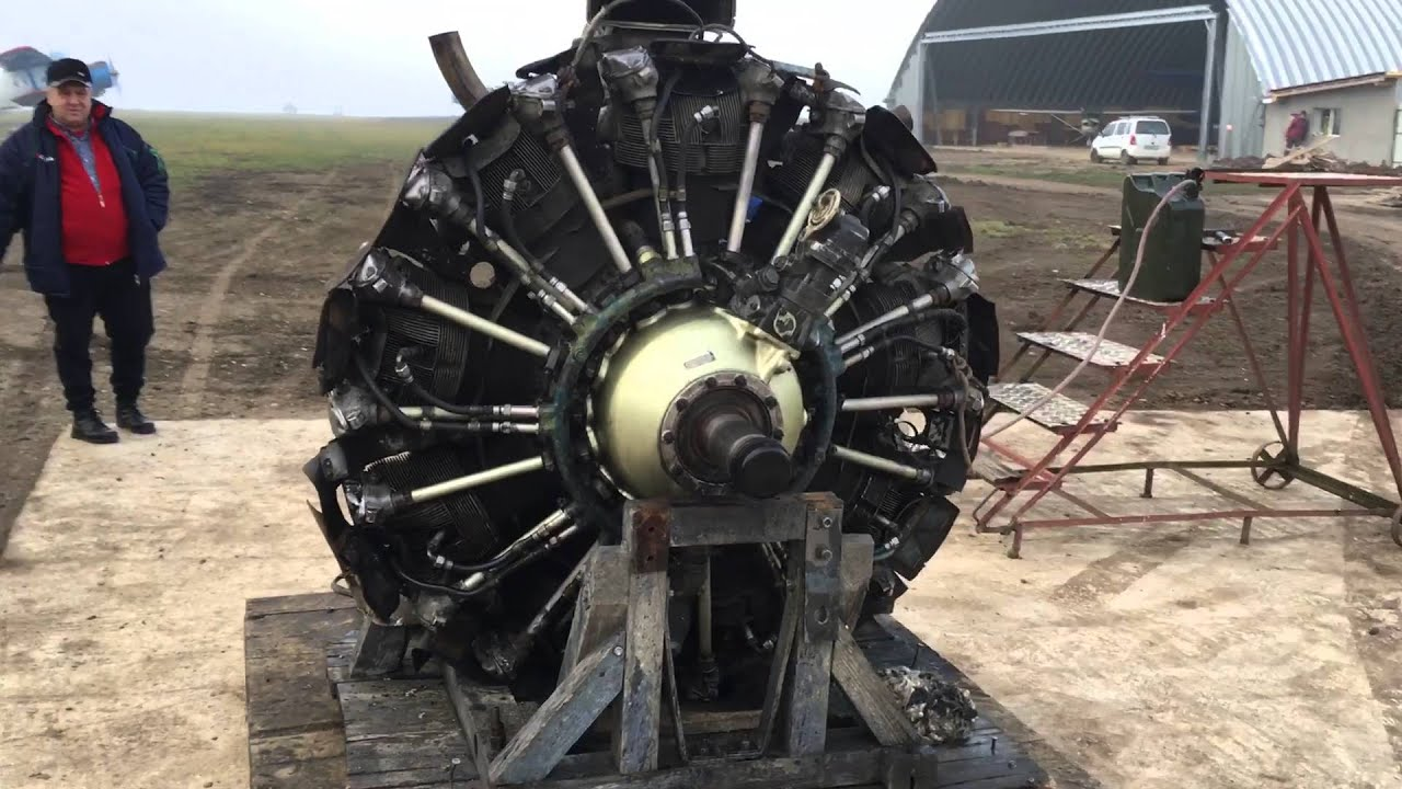 Two 9 Cylinder Radial Engines - Start and Run - Sternmotor