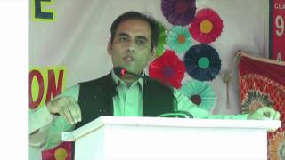 Dr Rashid Ahmed addressing  on parents day 2017