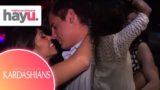 Young Kardashians Party In Las Vegas | Season 1 | Keeping Up With The Kardashians