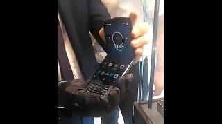 Motorola Razr 2019 Hands On Video?!