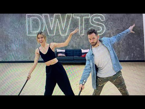 Kaitlyn Bristowe And Artem Chigvintsev Win 2020 Dancing With The Stars Mirror Ball Trophy