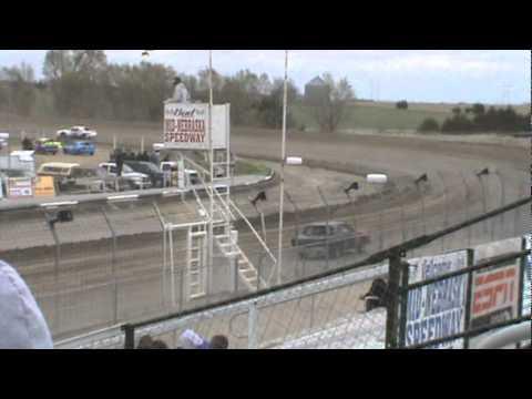 Kenney MotorSports 30PK 4/23/11 Mid Nebraska Speedway- Doniphan, NE Test and Tune