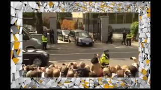 Смотреть прикол.  Удивительное  видео!.  Дипломатический лимузин застрял!!(Смотреть прикол. Удивительное видео!. Дипломатический лимузин застрял!! Как одним взглядом влюбить в себя..., 2016-10-28T18:34:17.000Z)